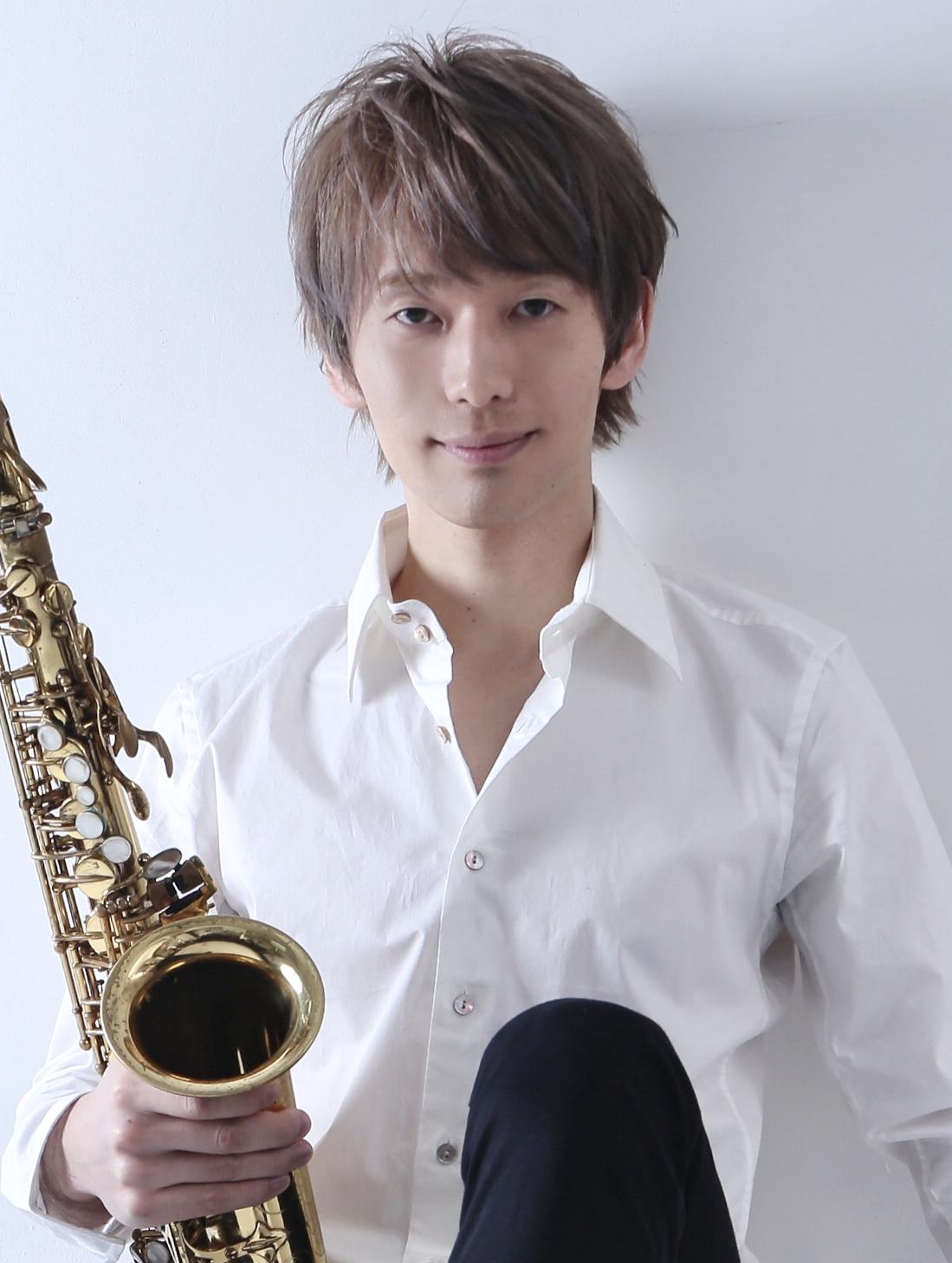 Hiromu Takahashi (Sax)